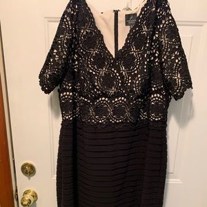 Adriana Papell Dress Only worn once!! Size 18W